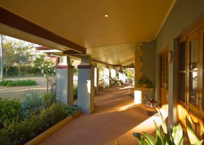 annangrove-verandah
